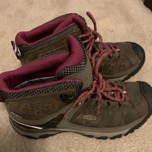 Keen hiking/ utility boots